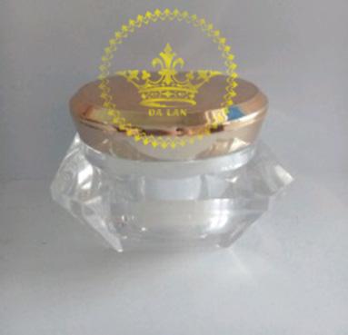 Địa chỉ bán hũ mỹ phẩm crylic kim cương giá sỉ – Bán chai lọ mỹ phẩm giá rẻ tại TP.HCM