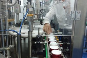 Công ty sản xuất mỹ phẩm uy tín tại TP.HCM – Nhận gia công kem trắng da, kem ủ trắng, son môi