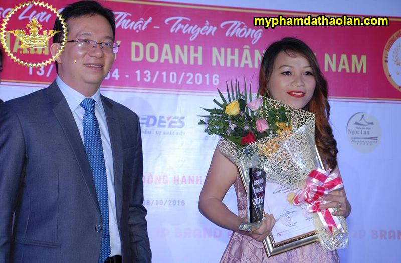 Các giải thưởng mà Dạ Thảo Lan trong suốt thời gian hoạt động trong lĩnh vực gia công mỹ phẩm