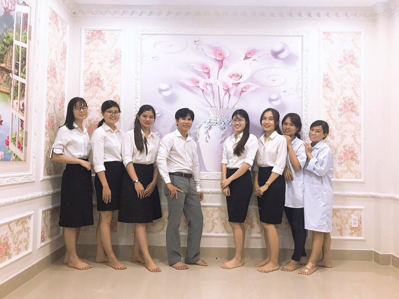 http:,,myphamdathaolan.com,upload,images,xay%20dung%20xuong%20san%20xuat%20mi%20pham(1).jpg